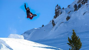 Onyx Snowboard Camps