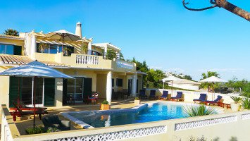 Karma Surf Retreat Algarve